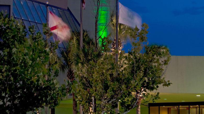 "Holiday Inn Orlando International Arpt Exterior. Images powered by <a href=""http://www.leonardo.com"" target=""_blank"" rel=""noopener"">Leonardo</a>."
