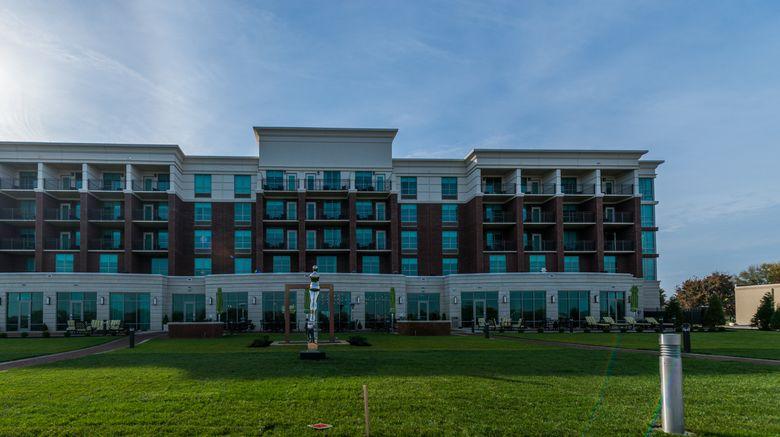 "Holiday Inn Owensboro Riverfront Exterior. Images powered by <a href=""http://www.leonardo.com"" target=""_blank"" rel=""noopener"">Leonardo</a>."