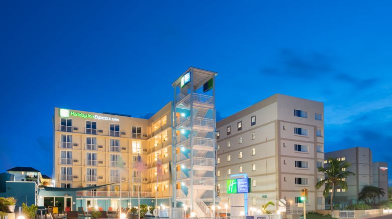 "Holiday Inn Express  and  Suites Nassau Exterior. Images powered by <a href=""http://www.leonardo.com"" target=""_blank"" rel=""noopener"">Leonardo</a>."