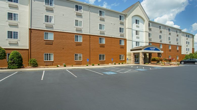 """Candlewood Suites Bowling Green Exterior. Images powered by <a href=""""http://www.leonardo.com"""" target=""""_blank"""" rel=""""noopener"""">Leonardo</a>."""