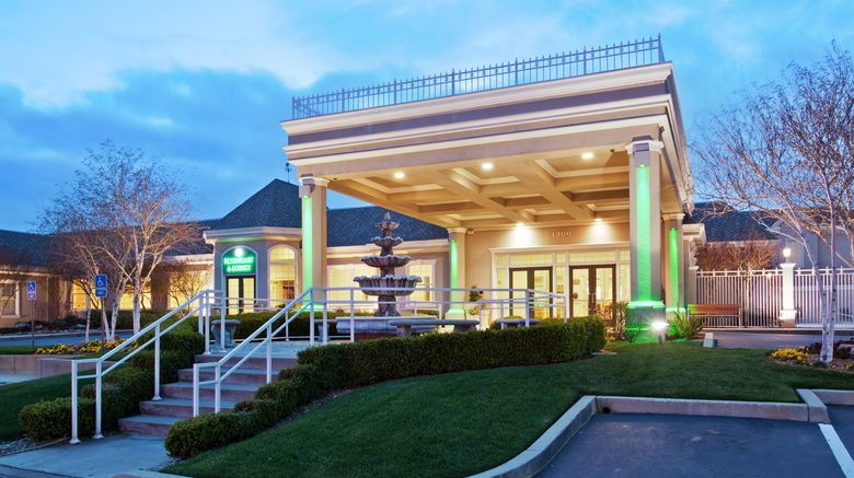"""Holiday Inn  and  Convention Center Exterior. Images powered by <a href=""""http://www.leonardo.com"""" target=""""_blank"""" rel=""""noopener"""">Leonardo</a>."""