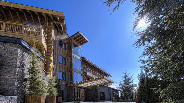"El Lodge Ski  and  Spa Resort Exterior. Images powered by <a href=""http://www.leonardo.com"" target=""_blank"" rel=""noopener"">Leonardo</a>."