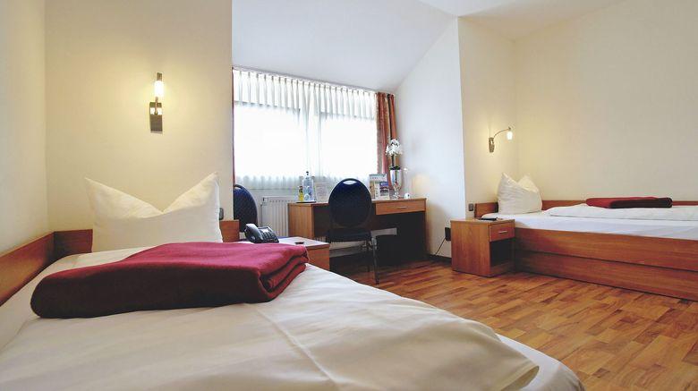 "Hotel Deutsches Haus Room. Images powered by <a href=""http://www.leonardo.com"" target=""_blank"" rel=""noopener"">Leonardo</a>."
