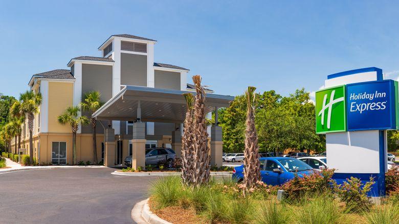 "Holiday Inn Express Charleston Exterior. Images powered by <a href=""http://www.leonardo.com"" target=""_blank"" rel=""noopener"">Leonardo</a>."