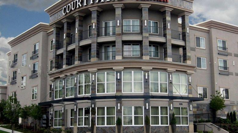 "Courtyard Seattle Kirkland Exterior. Images powered by <a href=""http://www.leonardo.com"" target=""_blank"" rel=""noopener"">Leonardo</a>."