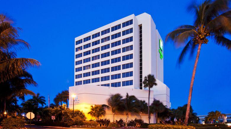 "Holiday Inn Palm Beach Airport Exterior. Images powered by <a href=""http://www.leonardo.com"" target=""_blank"" rel=""noopener"">Leonardo</a>."