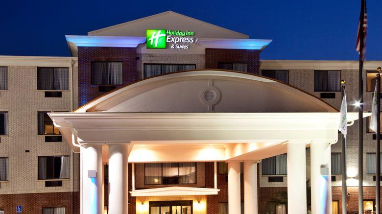 "Holiday Inn Express Biloxi-Ocean Springs Exterior. Images powered by <a href=""http://www.leonardo.com"" target=""_blank"" rel=""noopener"">Leonardo</a>."