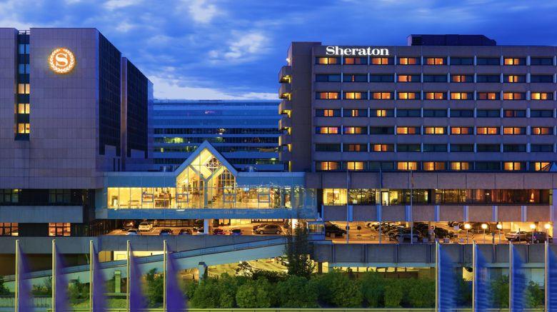 "Sheraton Frankfurt Arpt Hotel  and  Conf Ctr Exterior. Images powered by <a href=""http://www.leonardo.com"" target=""_blank"" rel=""noopener"">Leonardo</a>."