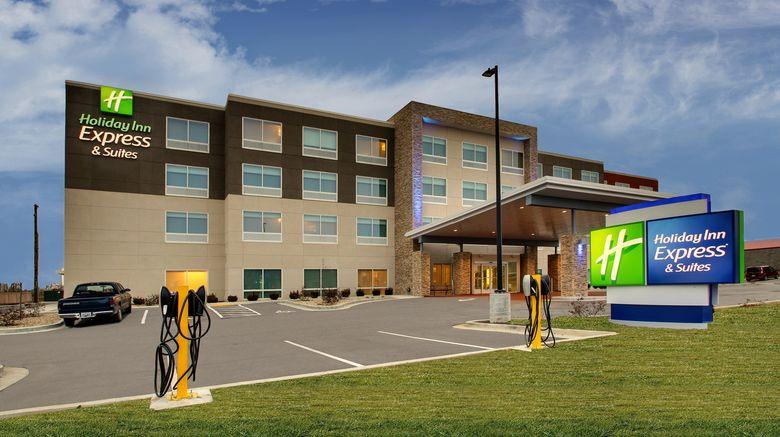 "Holiday Inn Express/Suites Mt Sterling N Exterior. Images powered by <a href=""http://www.leonardo.com"" target=""_blank"" rel=""noopener"">Leonardo</a>."
