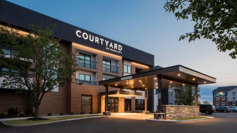 "Courtyard Cincinnati Airport South Exterior. Images powered by <a href=""http://www.leonardo.com"" target=""_blank"" rel=""noopener"">Leonardo</a>."