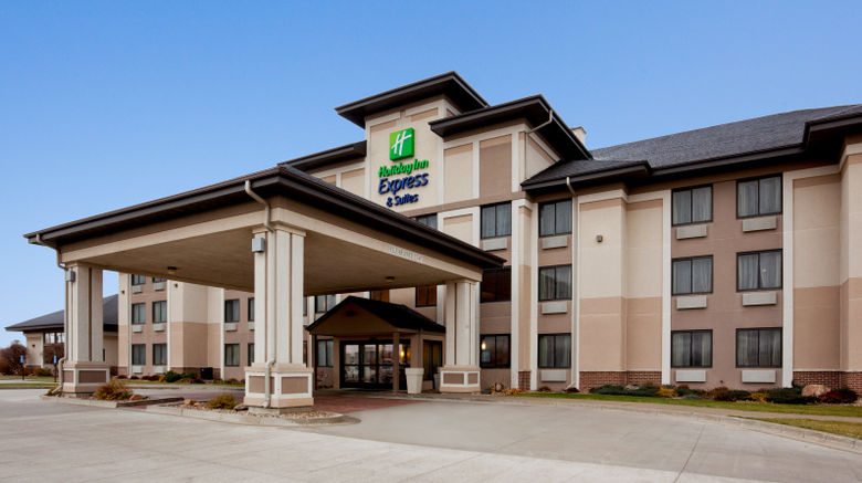"""Holiday Inn Express  and  Suites Worthington Exterior. Images powered by <a href=""""http://www.leonardo.com"""" target=""""_blank"""" rel=""""noopener"""">Leonardo</a>."""