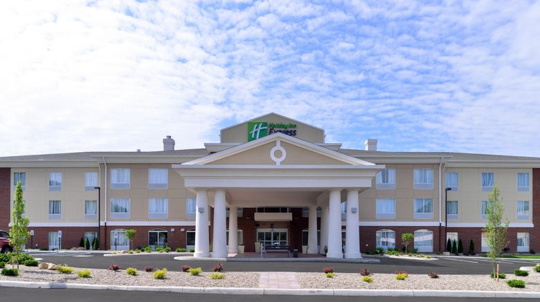 """Holiday Inn Express  and  Suites Ironton Exterior. Images powered by <a href=""""http://www.leonardo.com"""" target=""""_blank"""" rel=""""noopener"""">Leonardo</a>."""