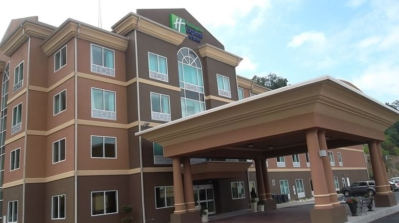 """Holiday Inn Express  and  Suites Hazard Exterior. Images powered by <a href=""""http://www.leonardo.com"""" target=""""_blank"""" rel=""""noopener"""">Leonardo</a>."""