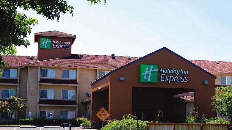 "Holiday Inn Express Portland East Exterior. Images powered by <a href=""http://www.leonardo.com"" target=""_blank"" rel=""noopener"">Leonardo</a>."