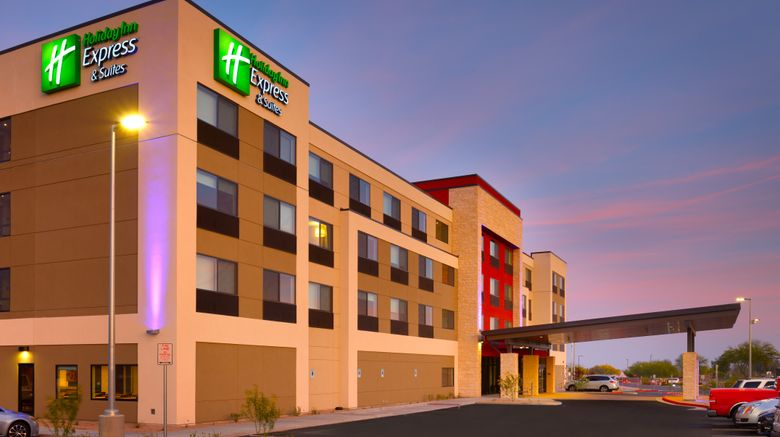 "Holiday Inn Express Hotel/Stes Phoenix W Exterior. Images powered by <a href=""http://www.leonardo.com"" target=""_blank"" rel=""noopener"">Leonardo</a>."