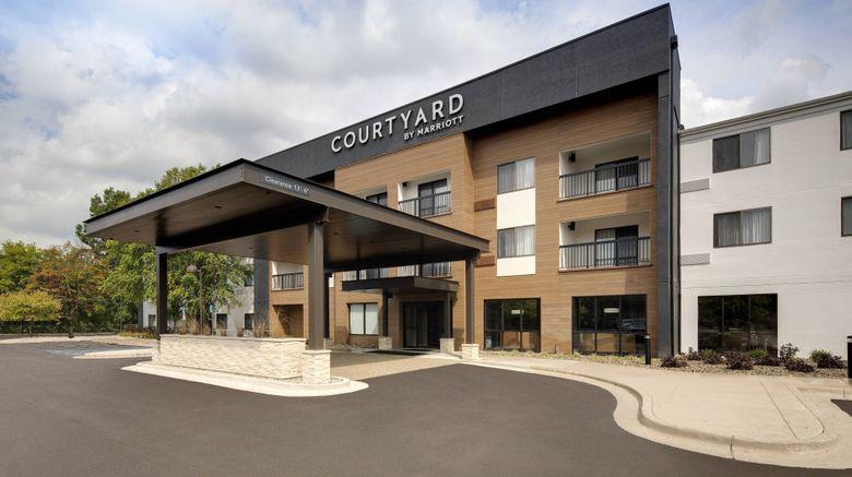 "Courtyard Grand Rapids Airport Exterior. Images powered by <a href=""http://www.leonardo.com"" target=""_blank"" rel=""noopener"">Leonardo</a>."