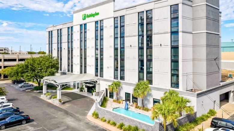 "Holiday Inn Alexandria Downtown Exterior. Images powered by <a href=""http://www.leonardo.com"" target=""_blank"" rel=""noopener"">Leonardo</a>."