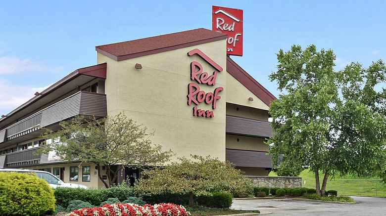 """Red Roof Inn Louisville Expo Airport Exterior. Images powered by <a href=""""http://www.leonardo.com"""" target=""""_blank"""" rel=""""noopener"""">Leonardo</a>."""