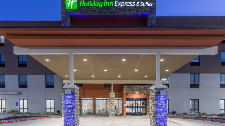 """Holiday Inn Express  and  Suites Kearney Exterior. Images powered by <a href=""""http://www.leonardo.com"""" target=""""_blank"""" rel=""""noopener"""">Leonardo</a>."""