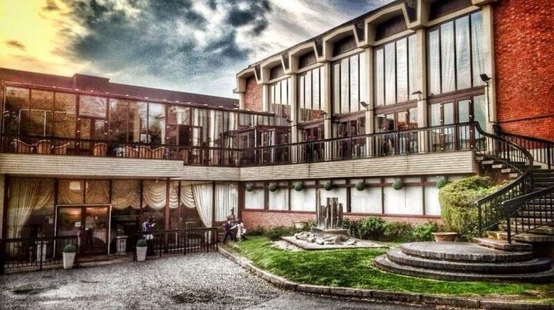 "Allesley Hotel Exterior. Images powered by <a href=""http://www.leonardo.com"" target=""_blank"" rel=""noopener"">Leonardo</a>."