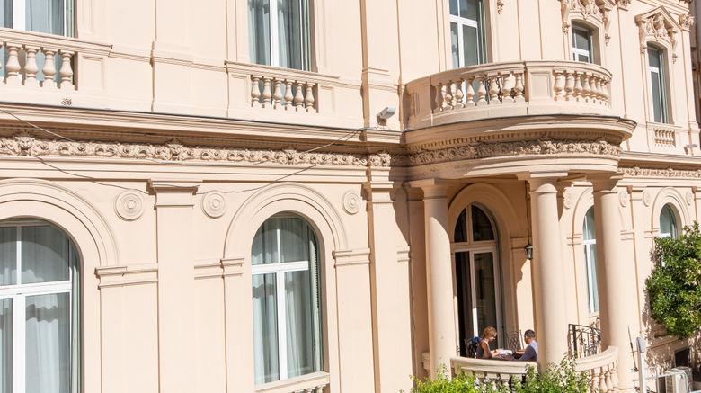 """Hotel Vendome Exterior. Images powered by <a href=""""http://www.leonardo.com"""" target=""""_blank"""" rel=""""noopener"""">Leonardo</a>."""
