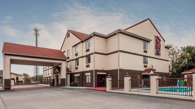 """Red Roof Inn  and  Suites Augusta Exterior. Images powered by <a href=""""http://www.leonardo.com"""" target=""""_blank"""" rel=""""noopener"""">Leonardo</a>."""