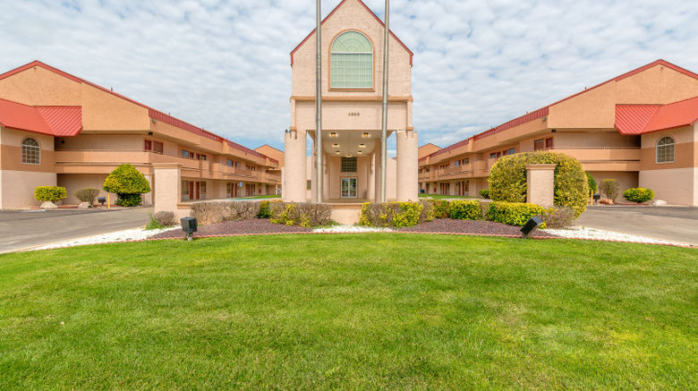 "Red Roof Inn Amarillo West Exterior. Images powered by <a href=""http://www.leonardo.com"" target=""_blank"" rel=""noopener"">Leonardo</a>."
