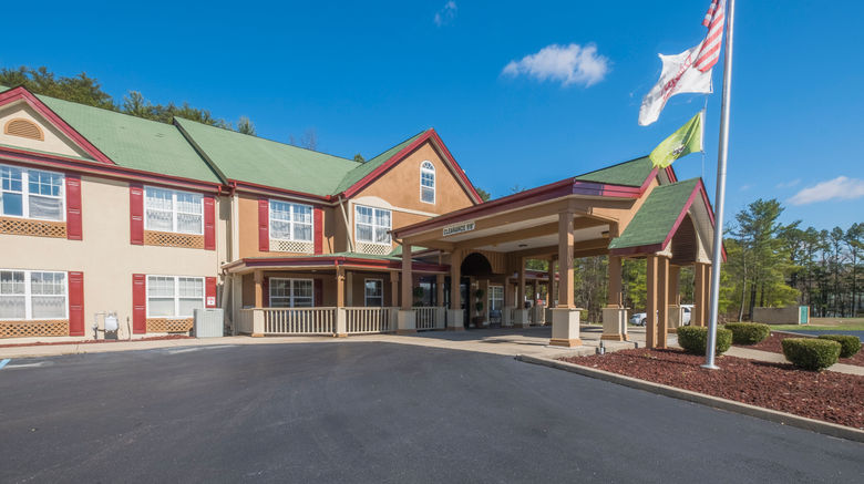 """Red Roof Inn  and  Suites Corbin Exterior. Images powered by <a href=""""http://www.leonardo.com"""" target=""""_blank"""" rel=""""noopener"""">Leonardo</a>."""
