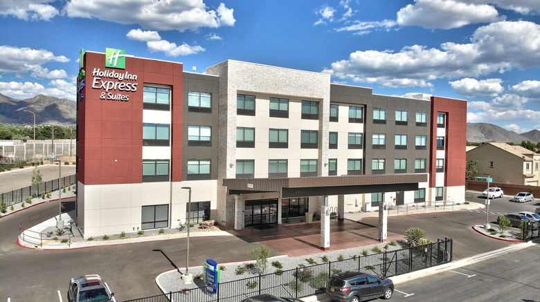 """Holiday Inn Express  and  Suites East Exterior. Images powered by <a href=""""http://www.leonardo.com"""" target=""""_blank"""" rel=""""noopener"""">Leonardo</a>."""