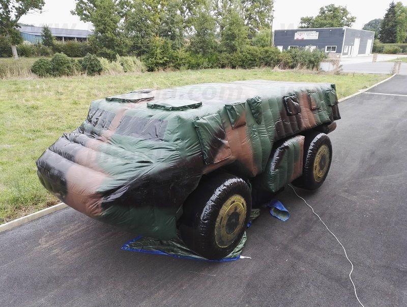 Char d'assaut militaire gonflable