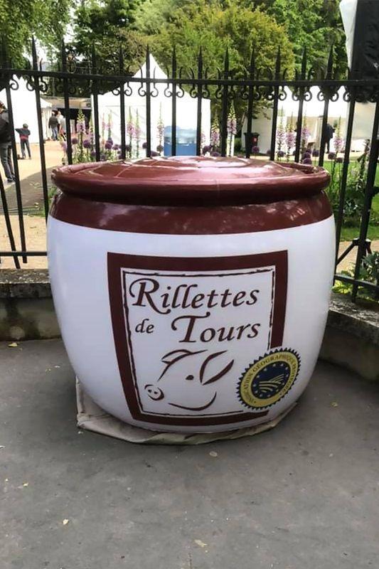 pot de rillettes gonflable sur le salon Vitiloire 2019