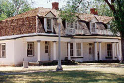 Picture of Fort Stanton Officer's Quarters