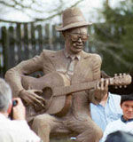 Picture of Lightnin' Hopkins Statue
