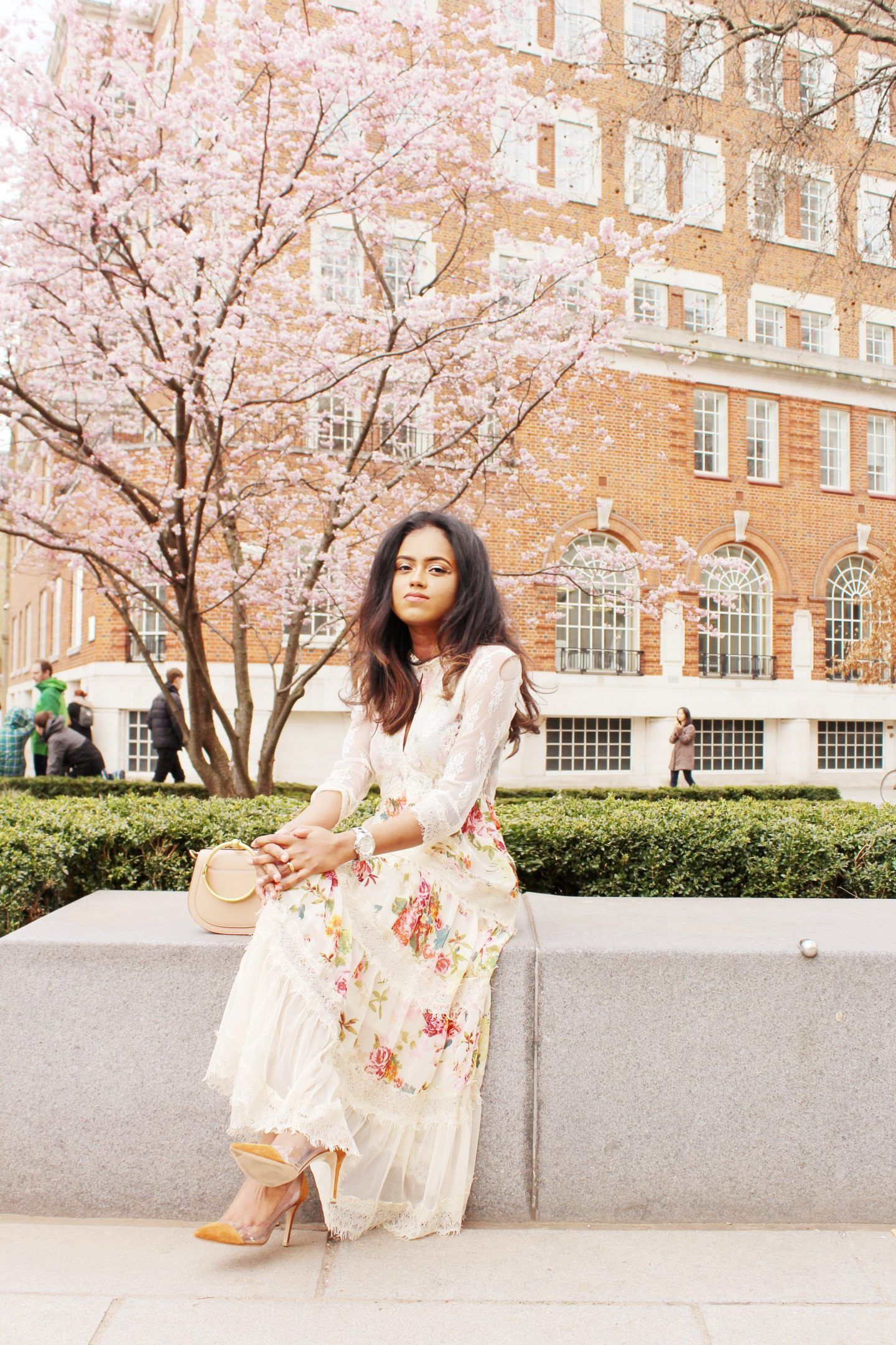 FINDING YOUR PERFECT FLORAL DRESS FOR SPRING | Sachini