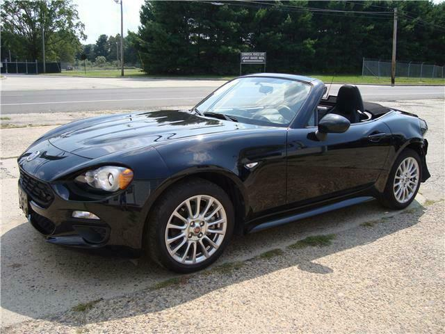 2017 Fiat 124 Spider Classica Only 9k Miles Salvage Rebuildable