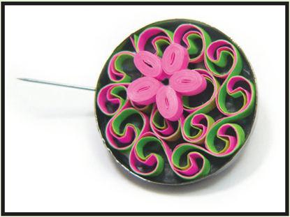 flower power quilled pin design