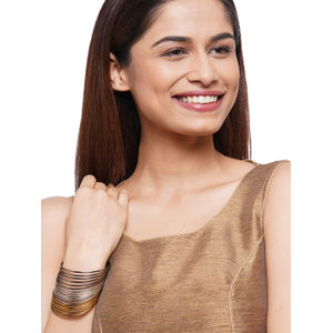 Toniq Set Of 18 Metal Gold silver Mettalic Bangle Set For Women(Pack Of 18)
