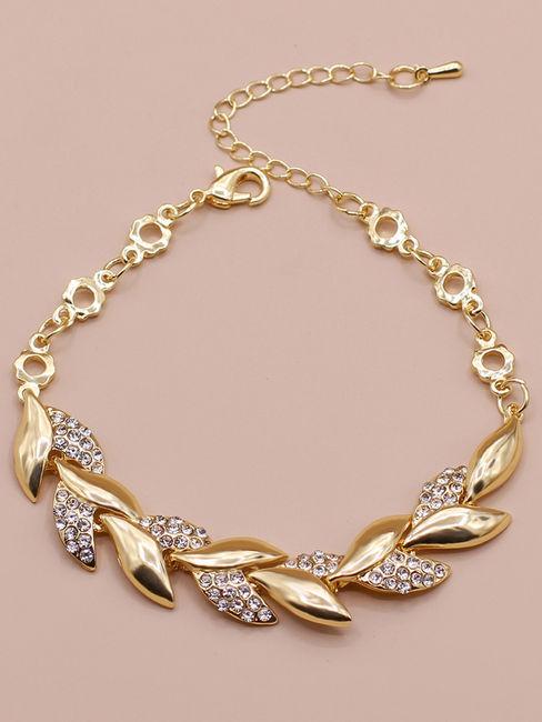 Toniq Gardenia Gold Stone Embellished Leaf Charm Bracelet For Women