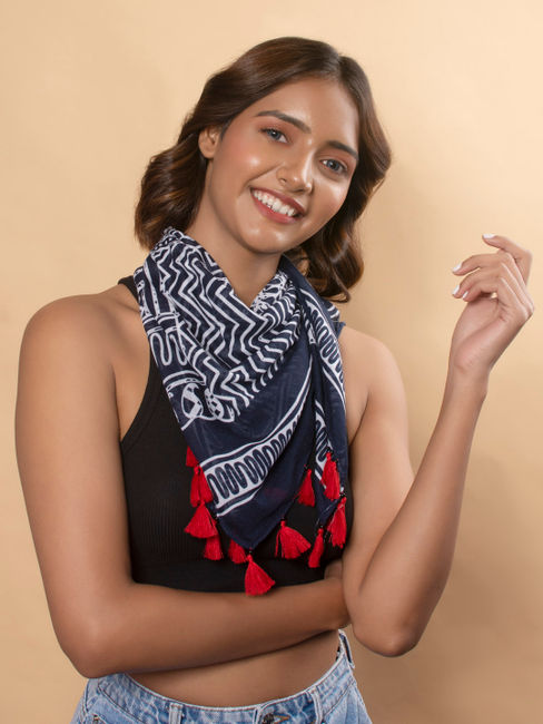 Toniq Navy Bandana Paisley Printed With Contrast Tasseled Square Scarf For Women
