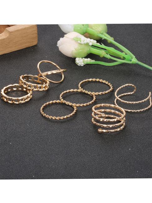 Toniq Linked Gold Set Of 8 Rings Set For Women