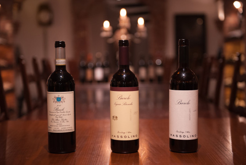 Zur Degustation als ideale Weinbegleitung standen der Basis Barolo von Elio Altare und Massolino sowie dessen Cru Lage Vigna Rionda.