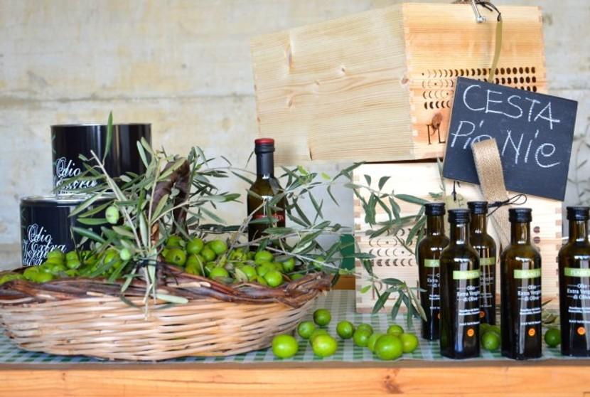 Planetas Olivenöl wird auch in kleinen 10cl Fläschchen abgefüllt