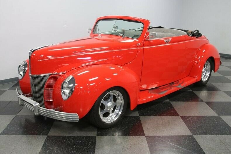 custom 1940 Ford Deluxe Convertible