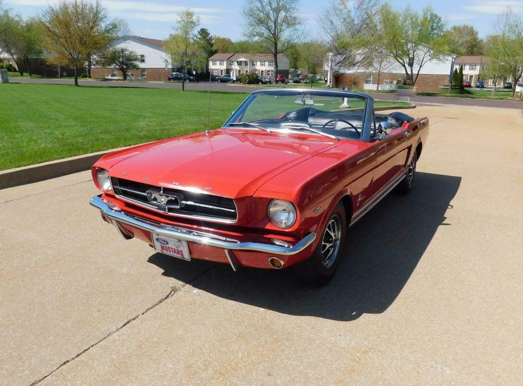 1965 Ford Mustang Convertible [highly desirable color combination]