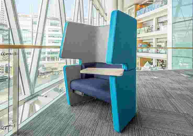 Chat Chair image 4
