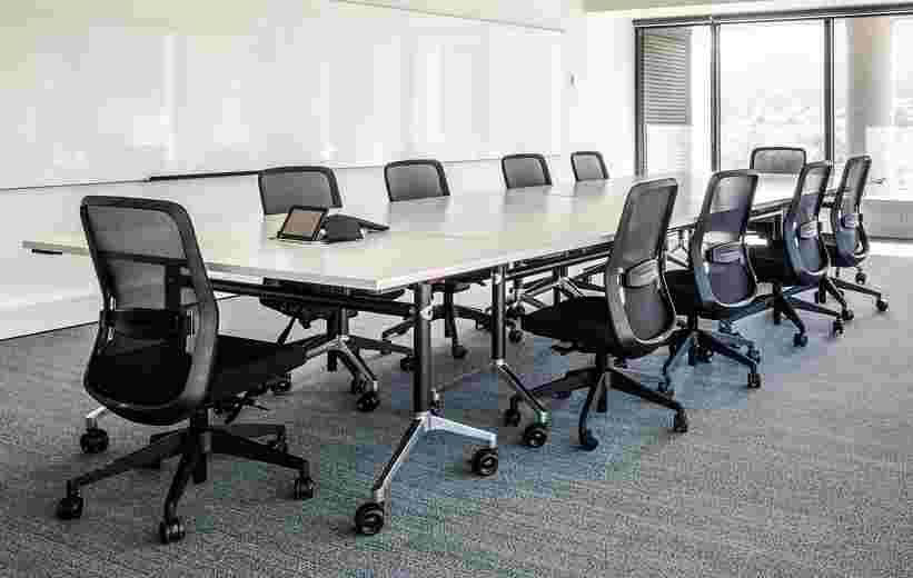 Q5 Task Chair image 5