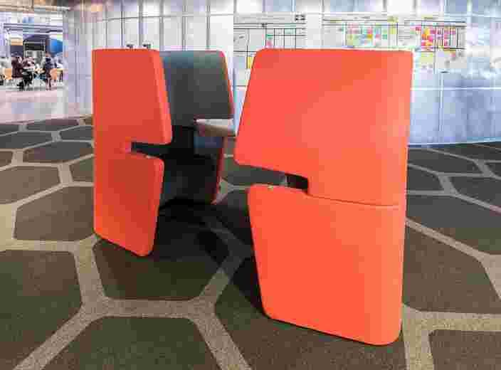 Chat Chair image 11