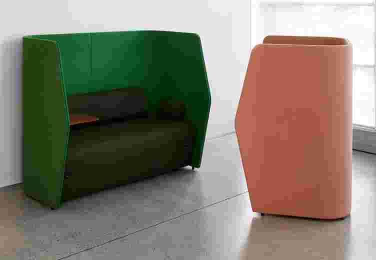 Retreat Lounge image 7