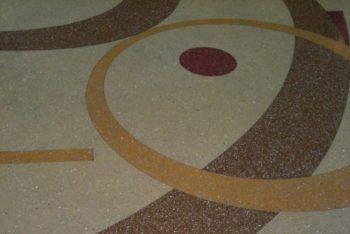 Decorative flooring with DekorFlake