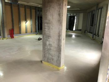 floor screed installed in apartment